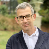 Migrant Knowledge, Early Modern and Beyond: Edmund de Waal