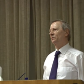 Lord Giddens: Understanding Society - A Sociologist's Perspective